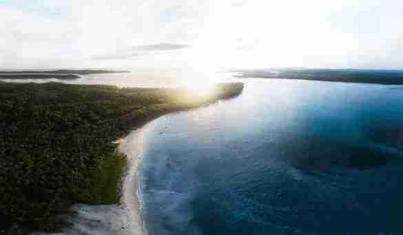 surfing mentawai